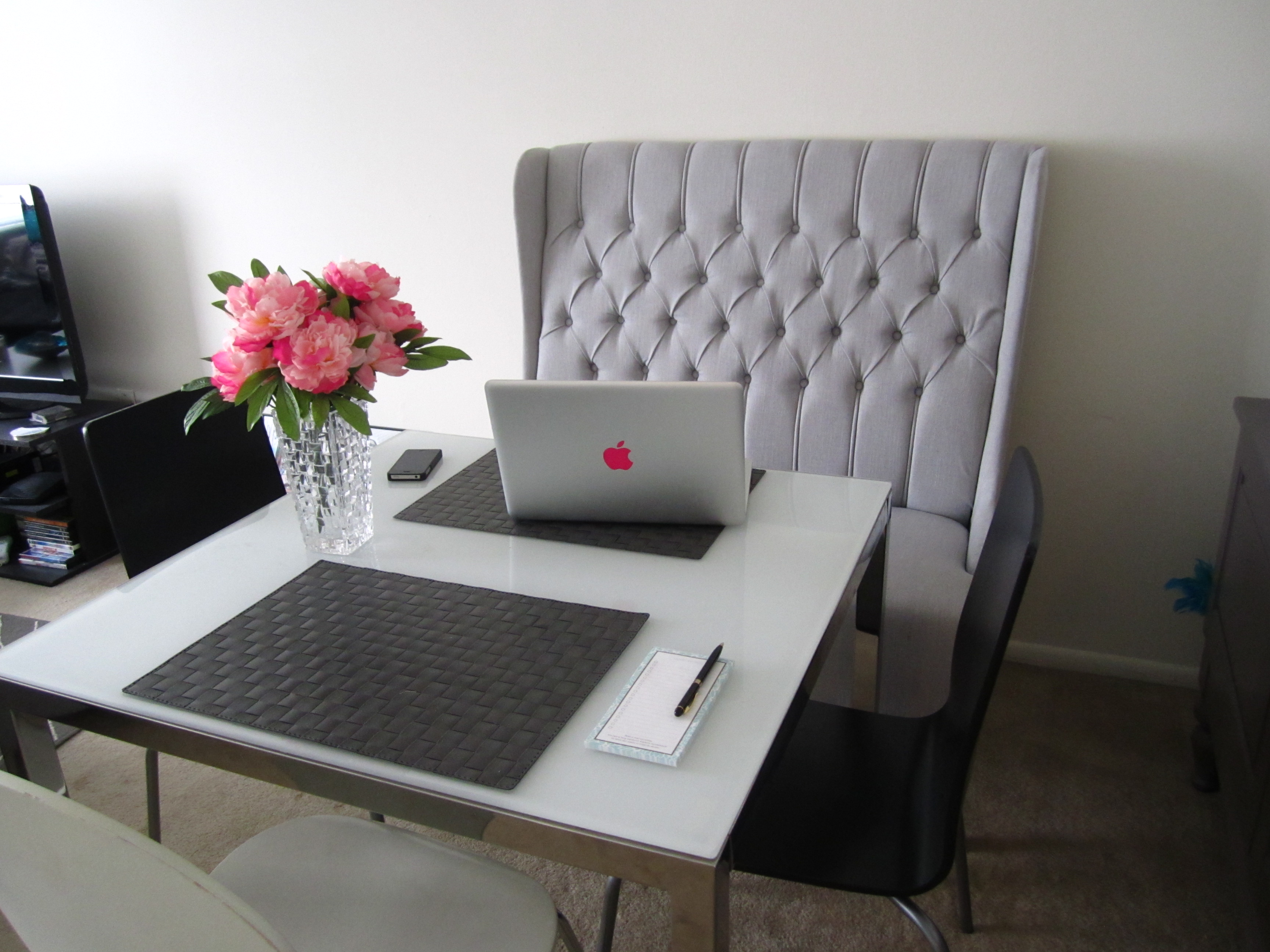 5 ways to style a settee strange charmedstrange charmed for Dining room table with bench seat